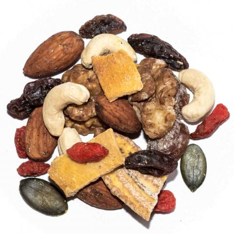 organic sprouted trail mix